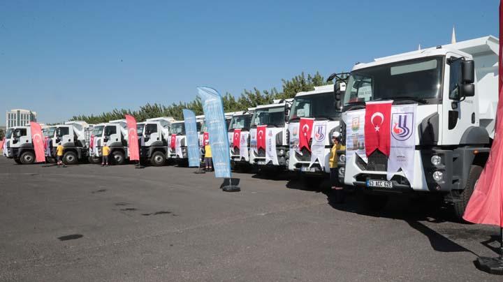 Büyükşehir'e 10 yeni hafriyat aracı Urfa Haber