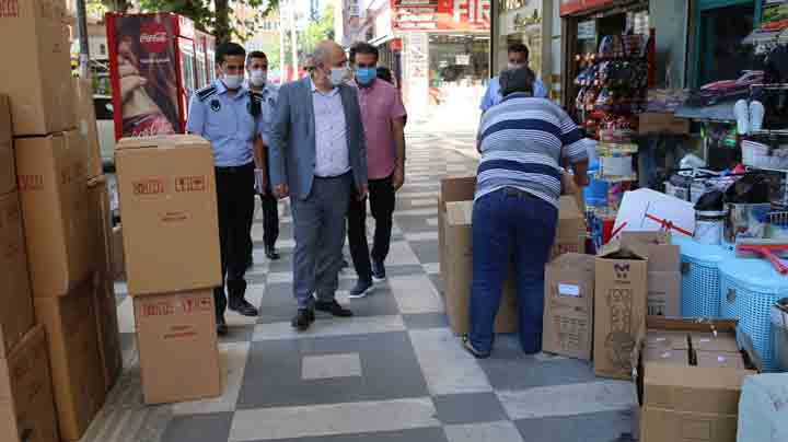 Kaldırım işgaline karşı zabıta görevde Urfa Haber