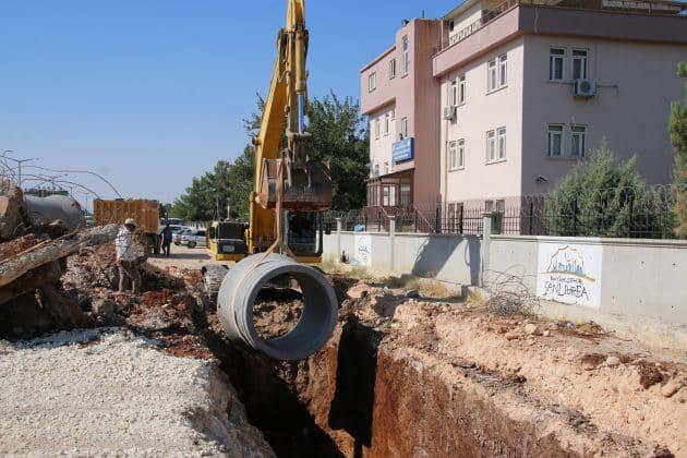 Akçakale yolunda yol genişletme ve asfaltlama çalışmalarına devam ediyor Urfa Haber
