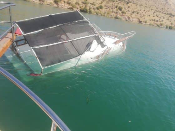 Halfeti'de tekne battı  Urfa Gündemi