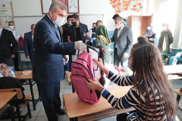 Büyükşehir'den Öğrencilere hijyen eğitimi seti Urfa Haber