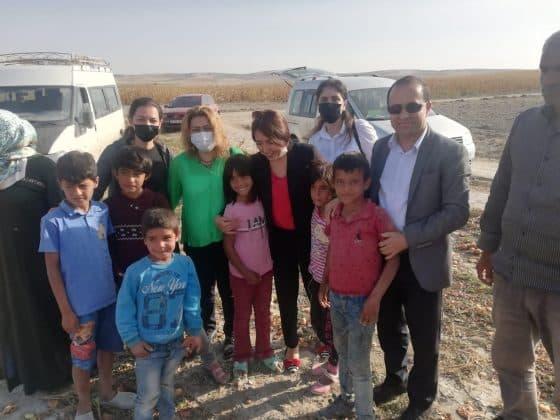 Gelecek Partisi mevsimlik tarım işçilerini ziyaret etti  Urfa Gündemi