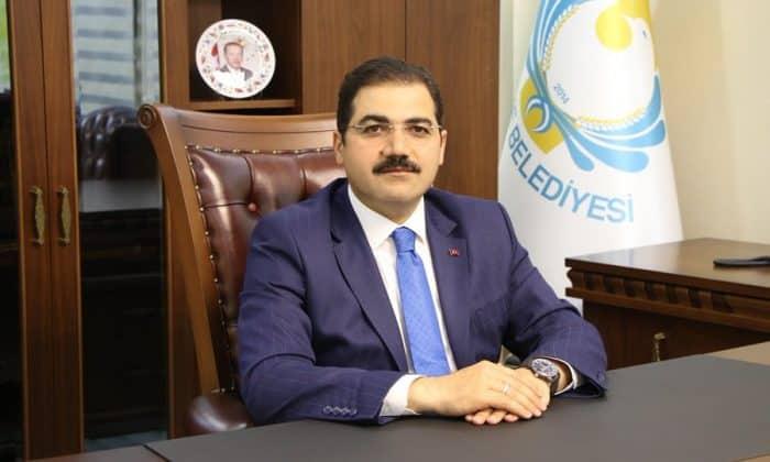 Başkan Canpolat'tan  Cumhuriyet Bayramı Mesajı Urfa Haber