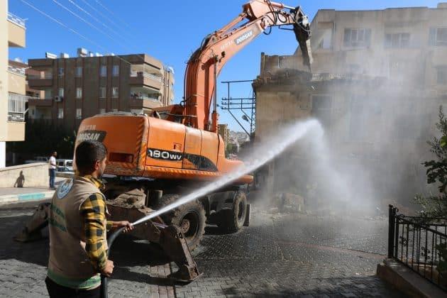 Haliliyede harabe evler yıkılıyor  Urfa Gündemi