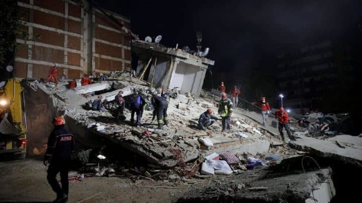İzmir'de acı büyüyor, 100 kişi vefat etti Urfa Haber