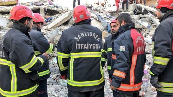 Urfa'da İtfaiye ekipleri İzmir için hazırda bekliyor Urfa Haber