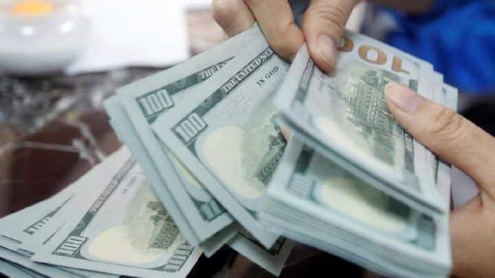 Vatandaş Dolara hücum ediyor