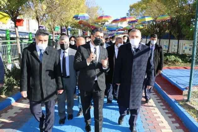 Başkan Beyazgül rehberlik sokağını inceledi Urfa Haber