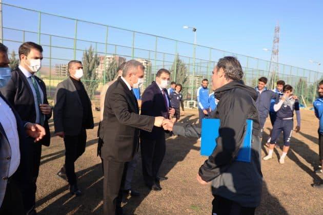 Başkan Beyagülden Şanlıurfaspora ziyaret Urfa Haber