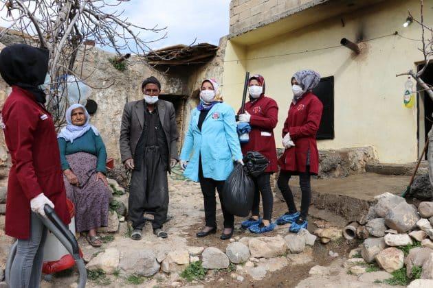 Karaköprü belediyesinden yaşlılara evde bakım hizmeti