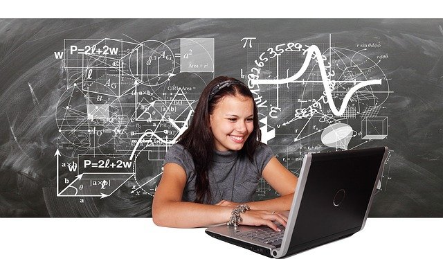 Okul Öncesi ve İlkokullarda Tam Zamanlı Uzaktan Eğitime Geçilmeli !