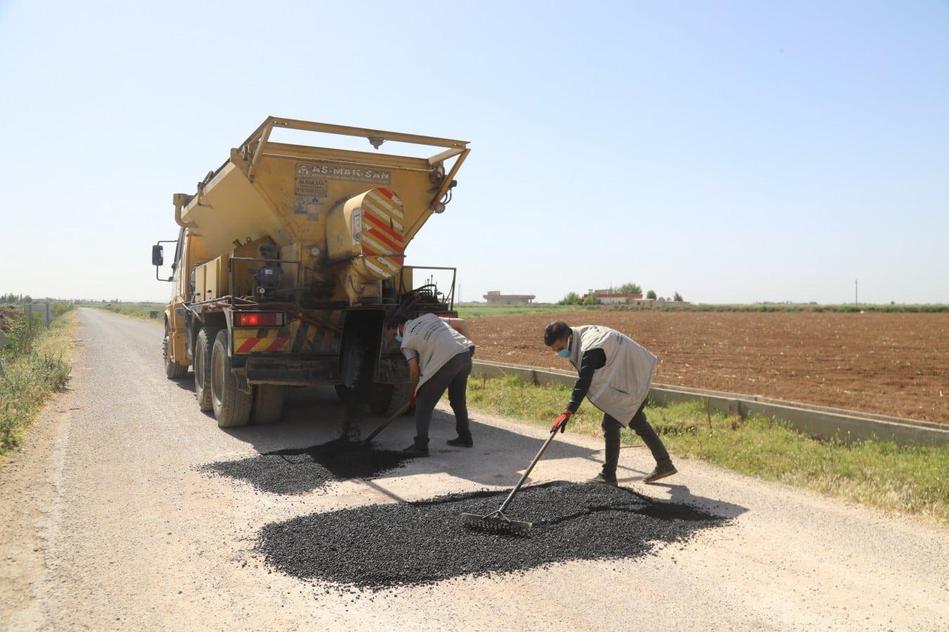 Büyükşehir'den Kısıtlamada Eyyübiye Kırsalında Yol Yapım Atağı Haberler